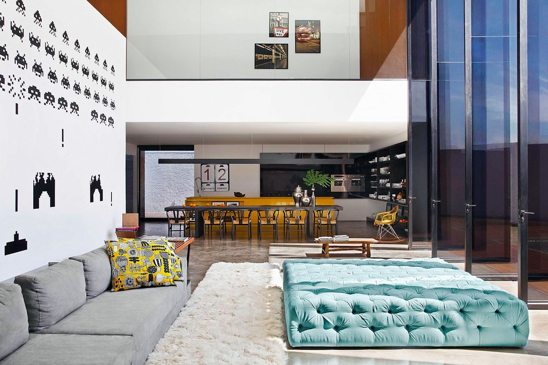 http-hypebeast.comimage201707studio-guilherme-torres-la-house-2