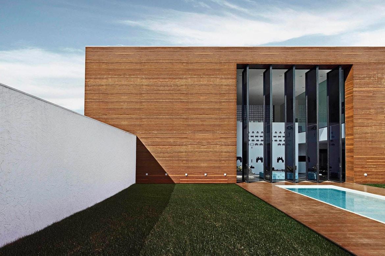 http-hypebeast.comimage201707studio-guilherme-torres-la-house-8