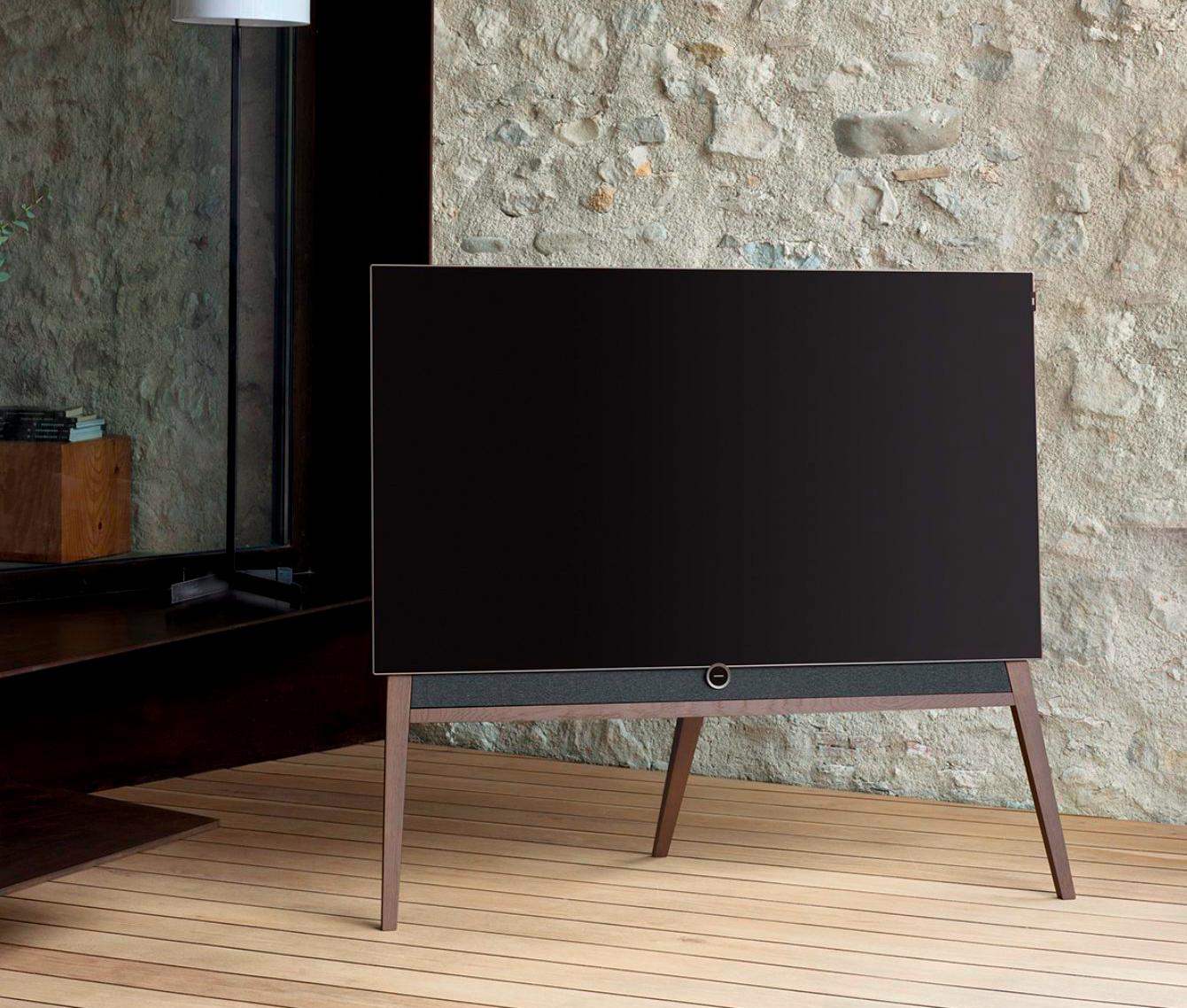 Loewe-TV-1340x0-c-default