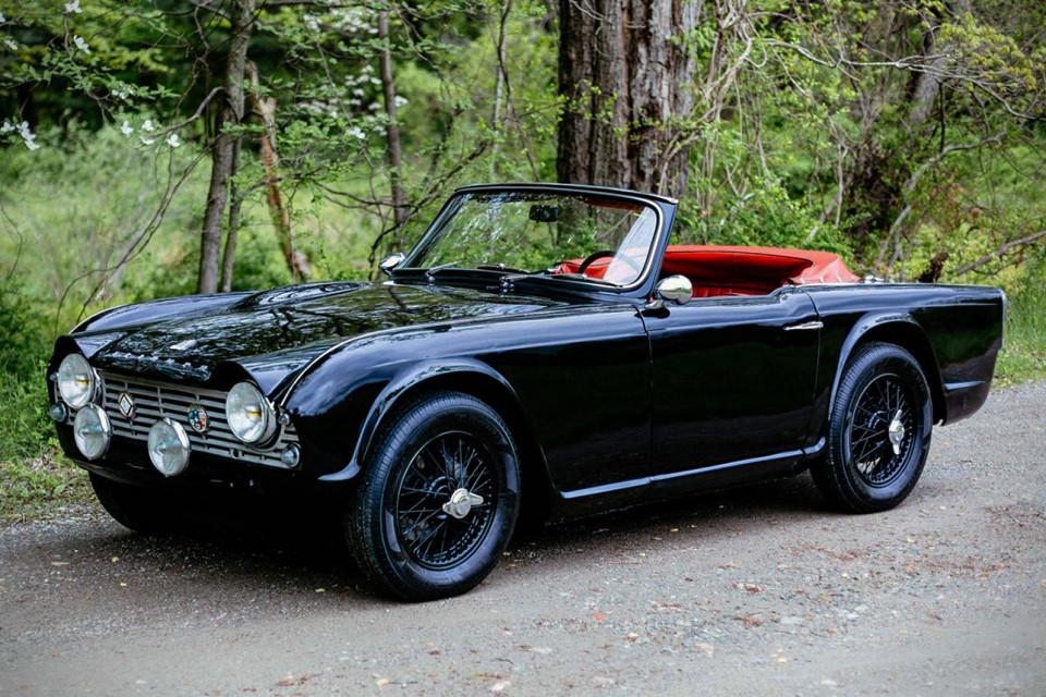 1961-triumph-tr4-0011-960x640
