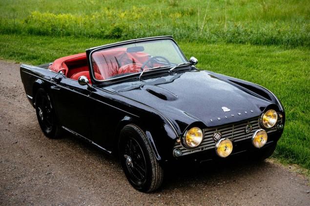 1961-triumph-tr4-0031-960x640