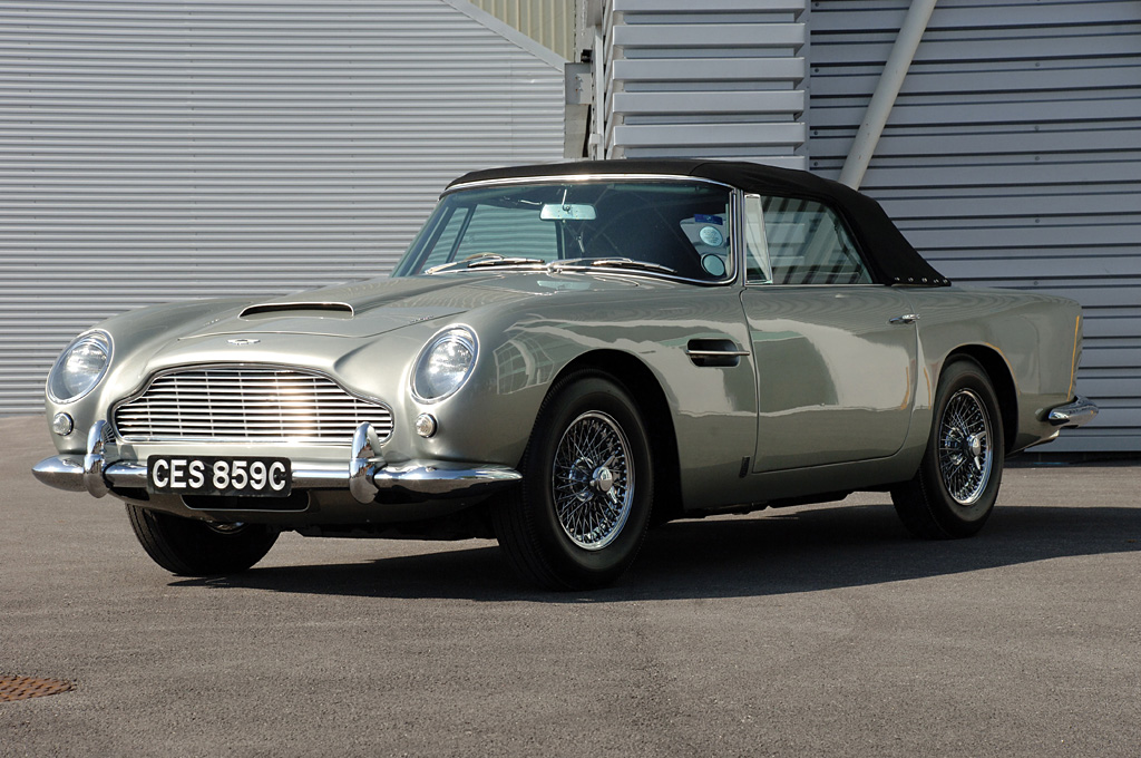 1964_AstonMartin_DB5Convertible1.jpg