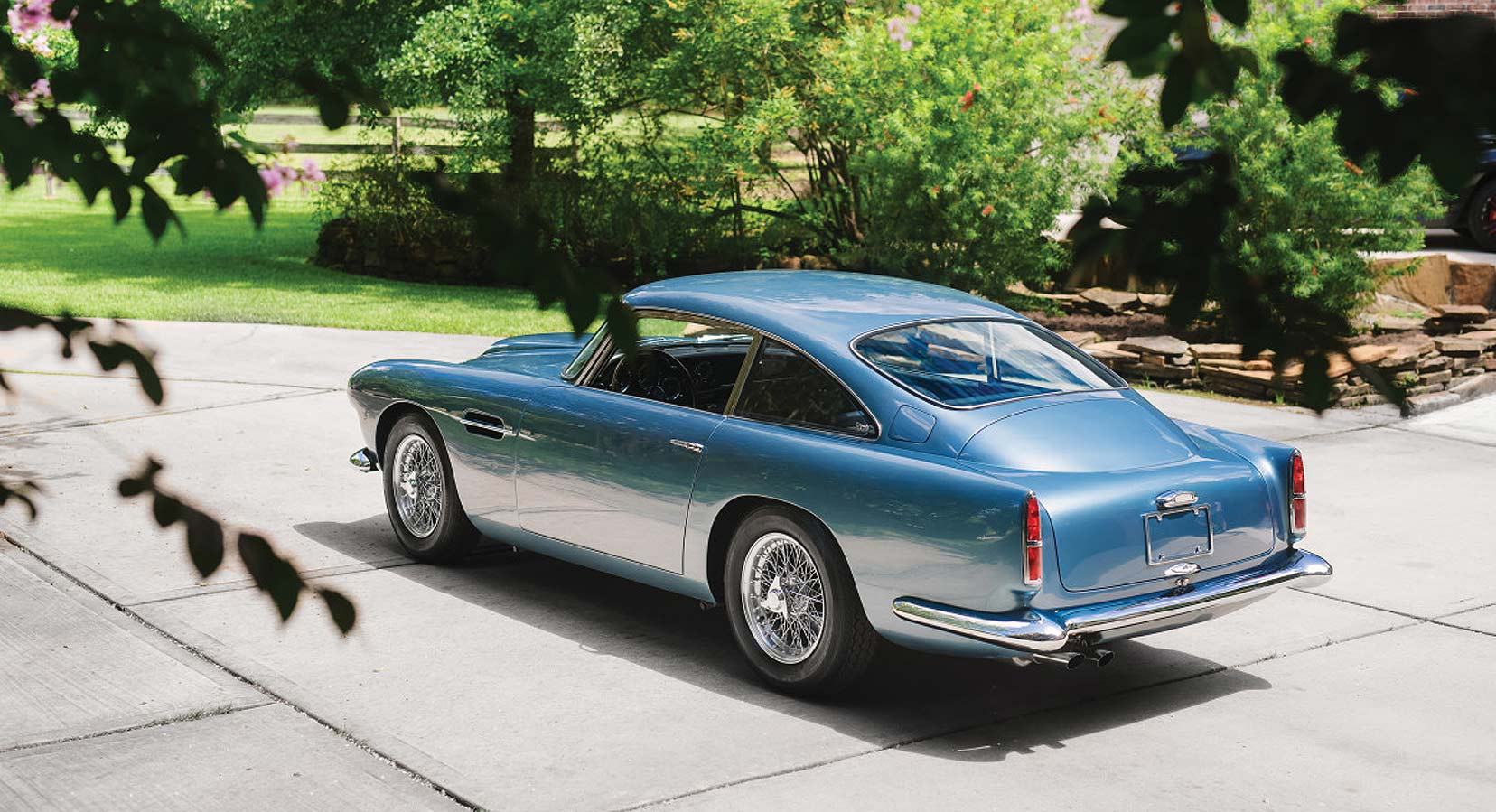 Aston-Martin-DB4-Series-II-main
