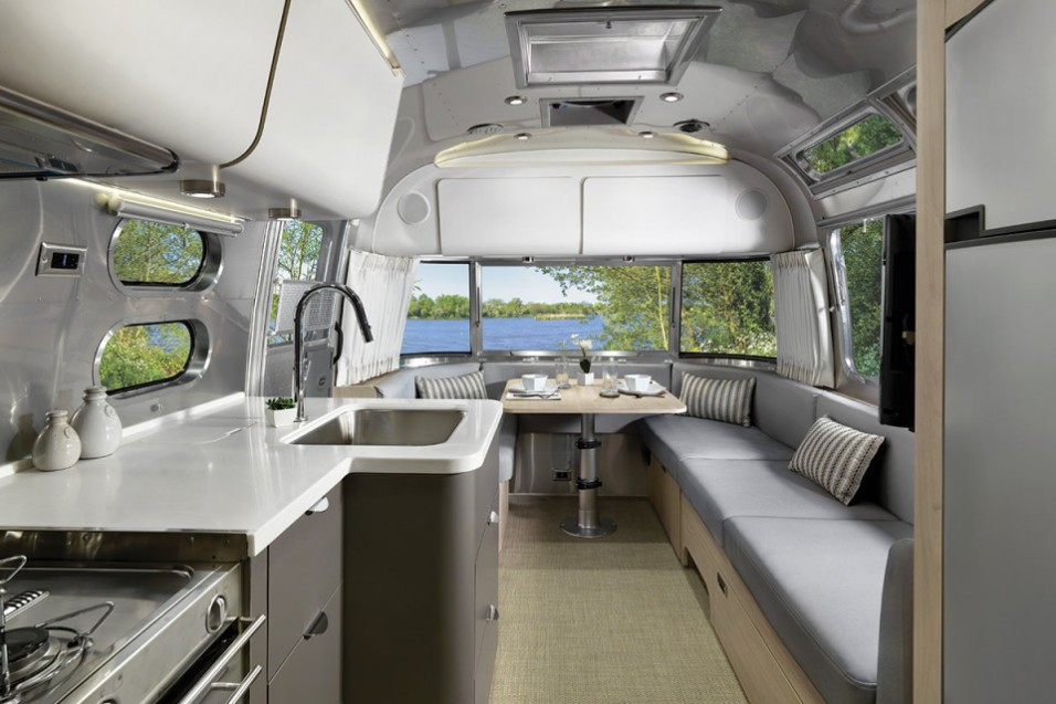 airstream-globetrotter-luxe-03-960x640