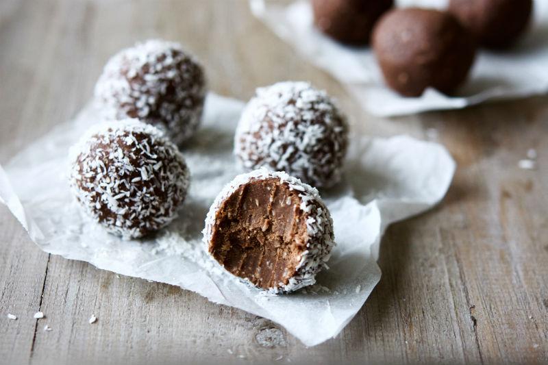 choc-mint-protein-balls.jpg